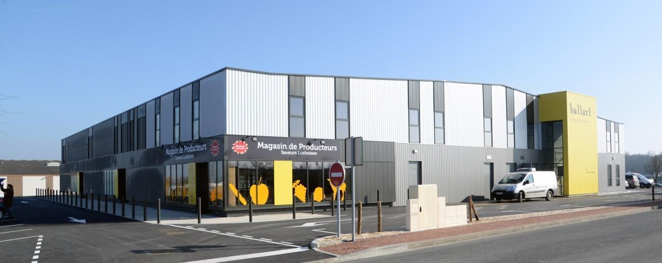 Bourgueil rouleau architectes r habilitation b timent for Cout batiment industriel m2